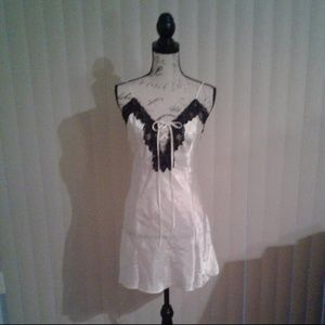 Frederick's of Hollywood Satin & Lace Nightie Sz M